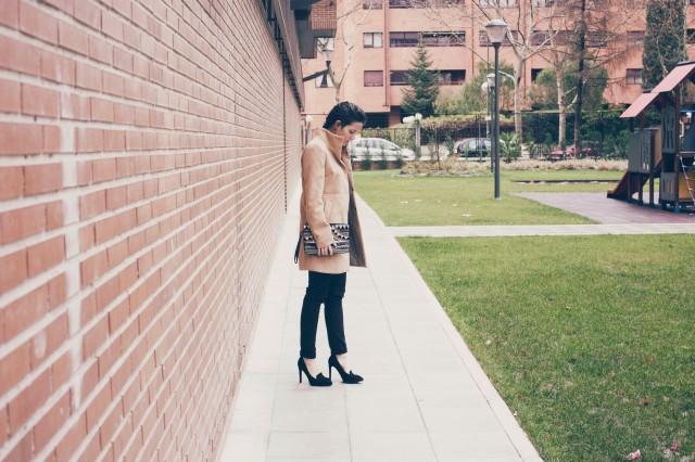look outfit total black negro stiletto dorado marrón beige trendy two trendytwo carmen marta gemelas conjunto elegante 9