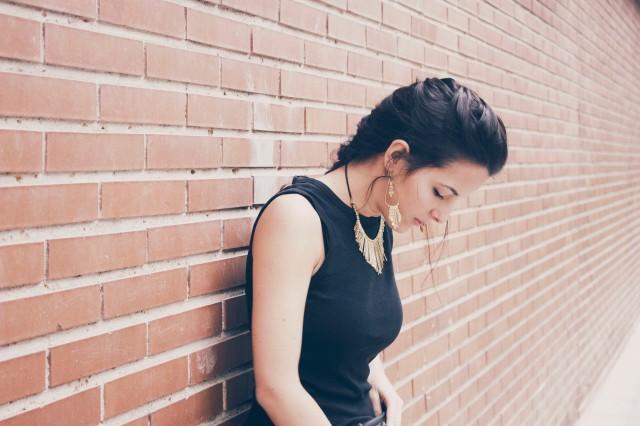 look outfit total black negro stiletto dorado marrón beige trendy two trendytwo carmen marta gemelas conjunto elegante 6