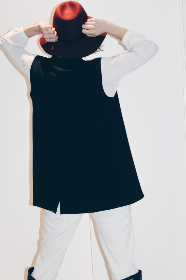 trendy two blog tendencia tendencias primavera trendy chaleco sombrero blog blogger fashion moda fashionblogger gemela gemelas carmen marta twin twins