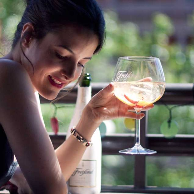 freixenet-ice-cava-dulce-cocktail-receta-hielo-blog-moda-influencers-gemelas-carmen-marta-4