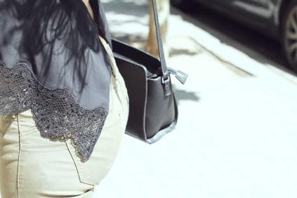 look sencillo low cost económico pantalón push up sandalias plataforma trendytwo trendy two carmen marta gemelas espalda aire camisa moño 7