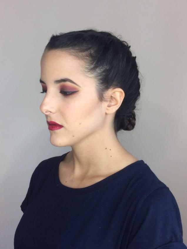 maquillaje fuerte contraste corinto turquesa color countoring contoring kim kardasian trendytwo trendy two gemelas blog moda 4