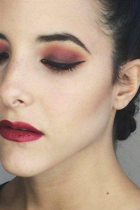 maquillaje fuerte contraste corinto turquesa color countoring contoring kim kardasian trendytwo trendy two gemelas blog moda