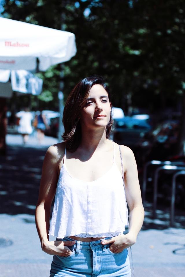 blog blogger lefties fashionblogger blusa madrid españa blogueras gemelas carmen marta moda fashion heels tacones espalda descubierta